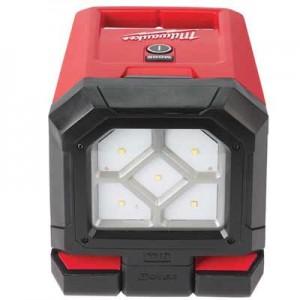 Akumulatorska prostorska LED svetilka